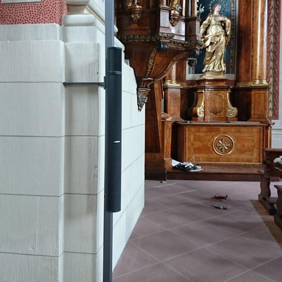 Beschallungsanlage in einer Kirche